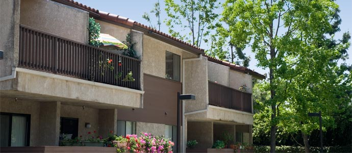Florence Janss Apartments Picture 2