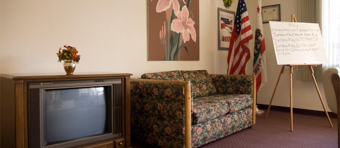 Florence Janss Apartments Picture 3