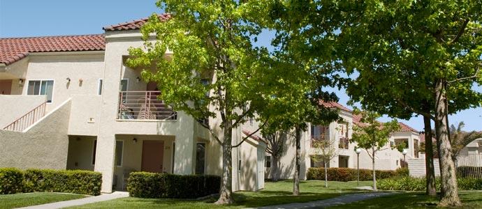 Mira Vista Village Senior Apartments Picture 2