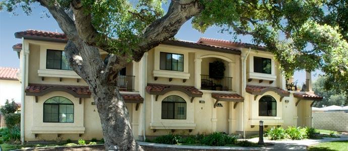 Sunset Villas Apartments Picture 4