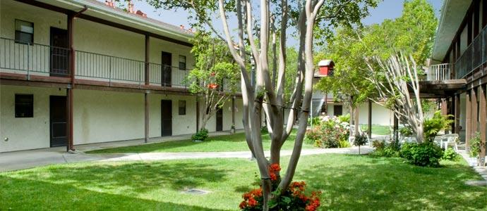 Tafoya Terrace Apartments Picture 3